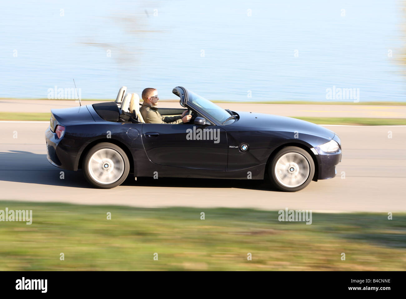 Bmw Z4 3 0 Si Roadster Model Year 2006 Black Driving