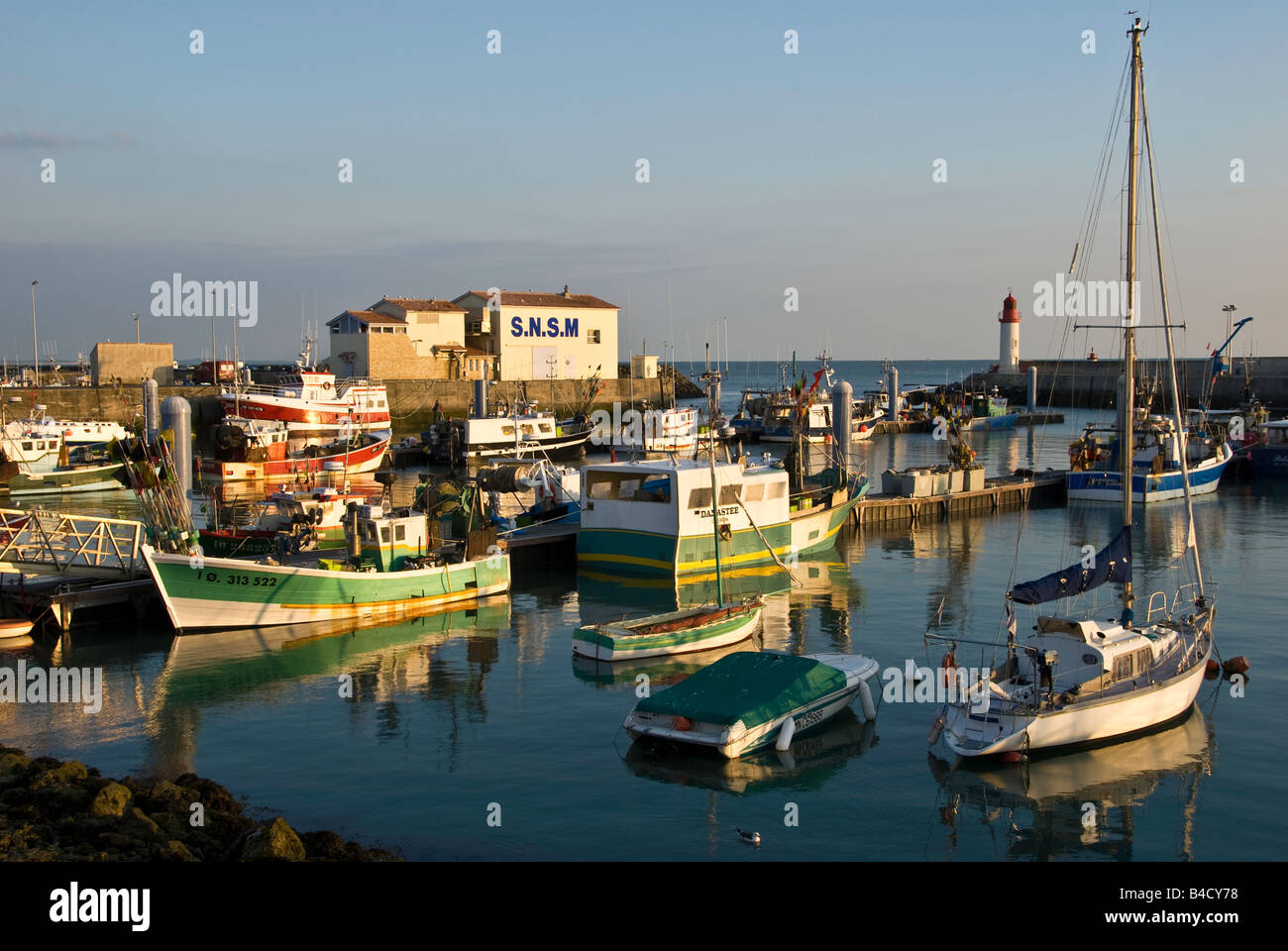 Harbour in la cotiniere ile d 39 oleron france stock photo royalty free ima - Ile d oleron que faire ...