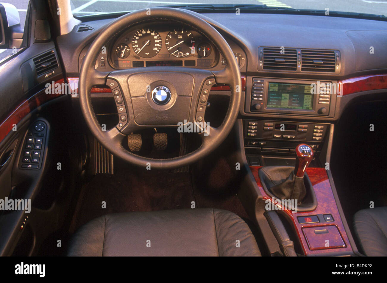 Car bmw 525i touring hatchback upper middle sized model year car bmw 525i touring hatchback upper middle sized model year 2000 silver interior view interior view cockpit techniqu sciox Gallery