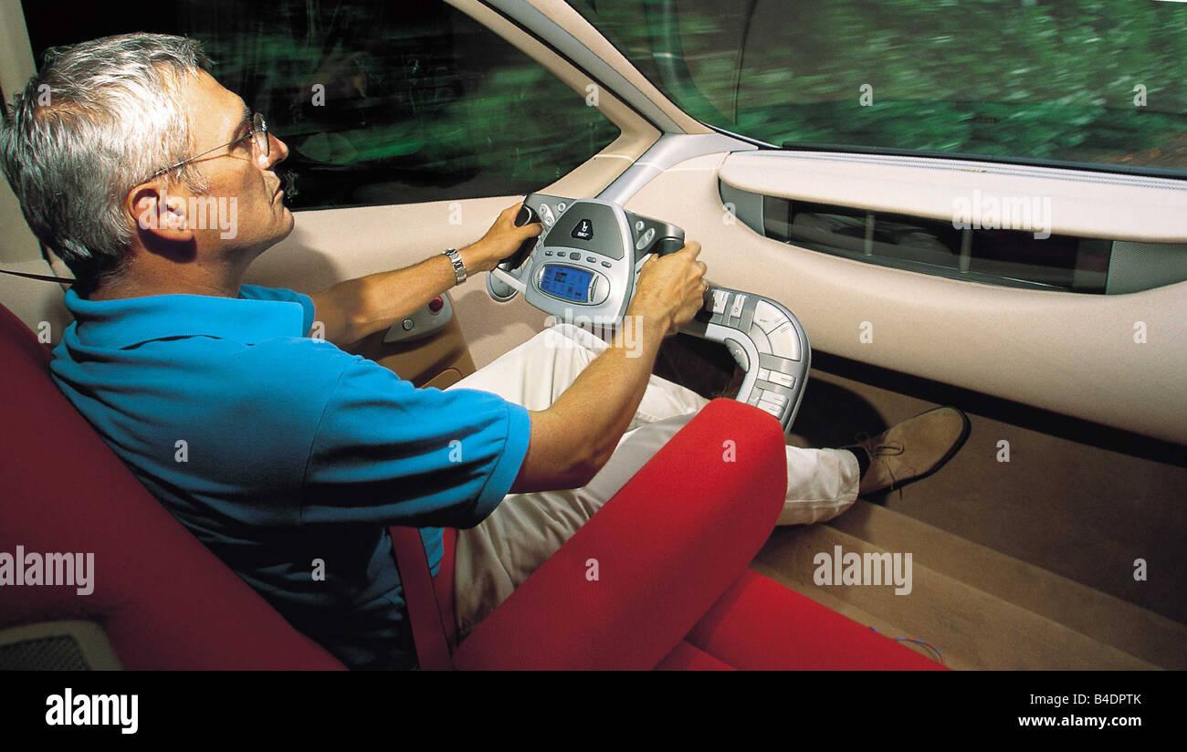 car-bertone-filo-predotype-limousine-model-year-2001-interior-view-B4DPTK