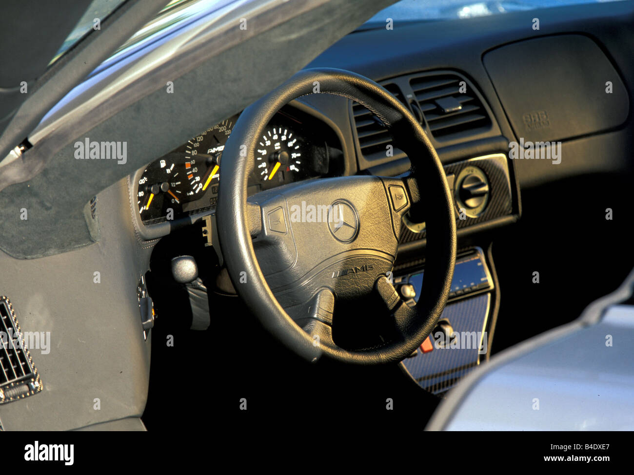 Car, Mercedes CLK GTR, roadster, coupe/Coupe, model year 1999 ... | {Auto cockpit mercedes 80}