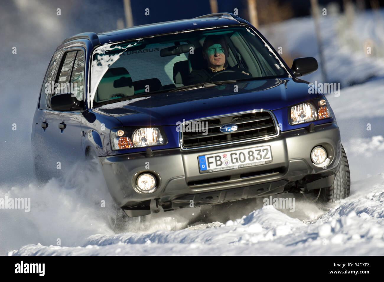 Car subaru forester 4wd blue hatchback medium class model year 2002