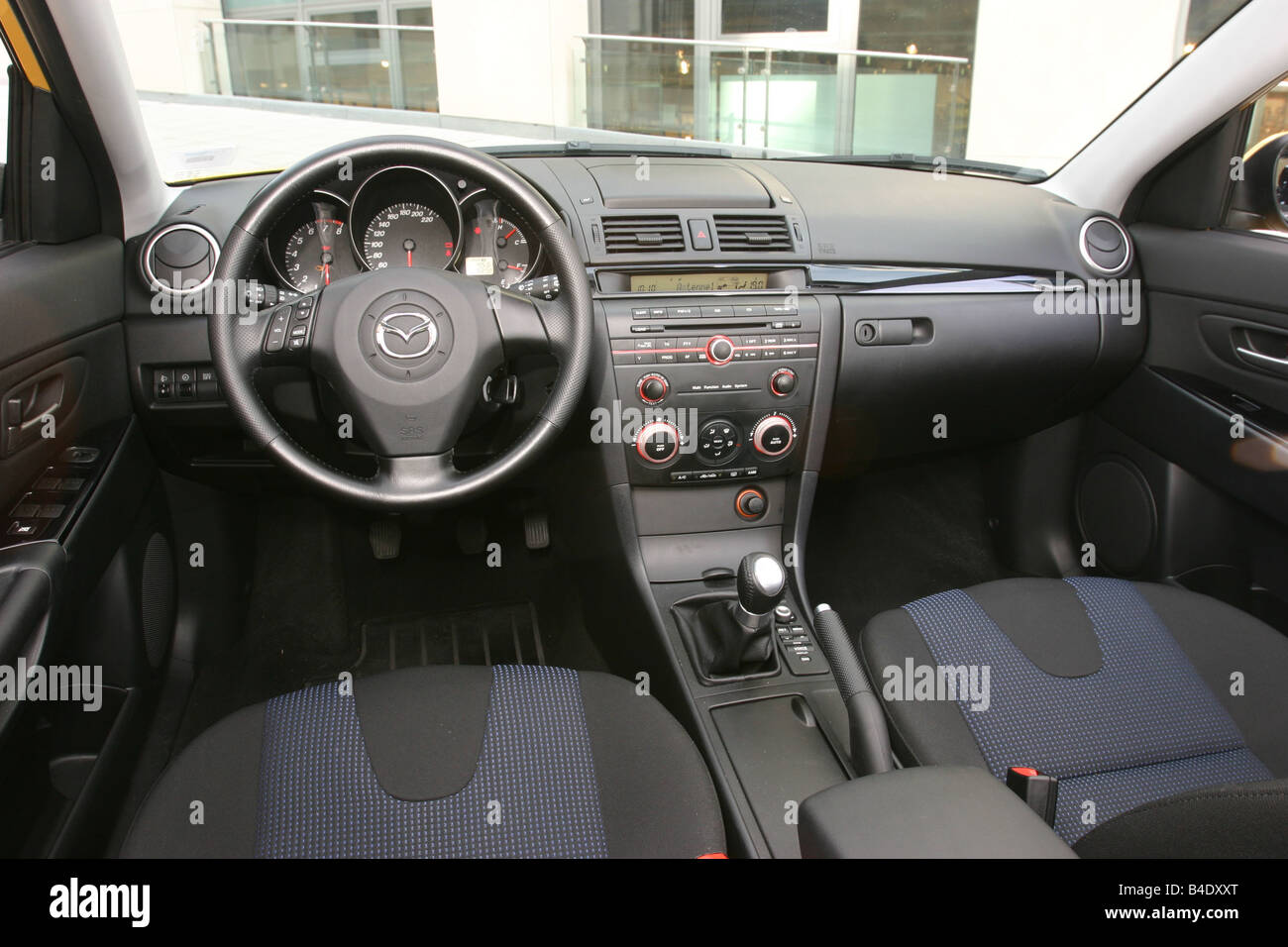 car, mazda 3 sport 1.6, lower middle-sized class, limousine, model