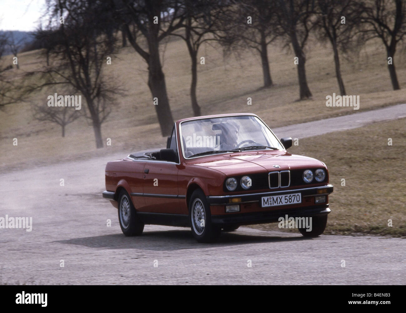 Car 3er BMW convertible model year 19851993 red old car