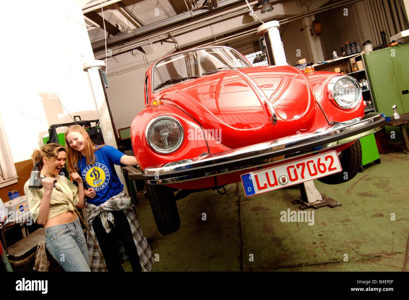 Car vw volkswagen beetle 1303 model year 1972 1975 for Garage volkswagen bollene