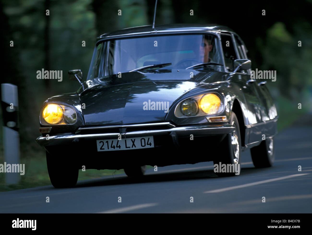 Car Citroen Ds Sedan Model Year Vintage Car