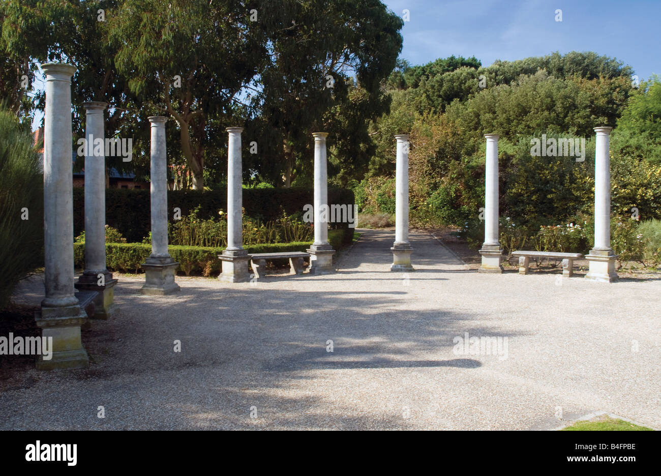 Stone pillars in boscombe cliff gardens boscombe for Garden design bournemouth