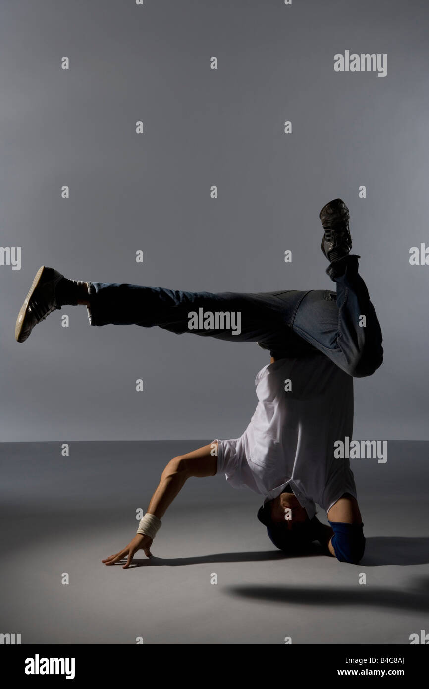 a b boy breakin moves dictionary On this list of the top b-boy films, you'll find gen on this list of the top b-boy films, you'll find genre-defining films from the '80s, like breakin vote up the best breakdancing movies below.