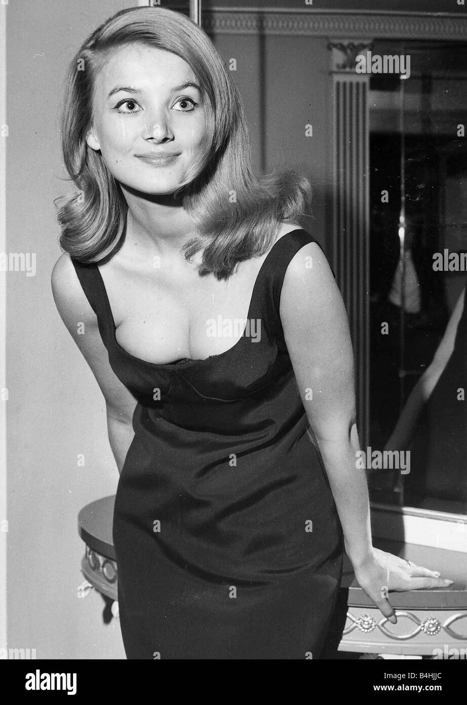 barbara bouchet - photo #26