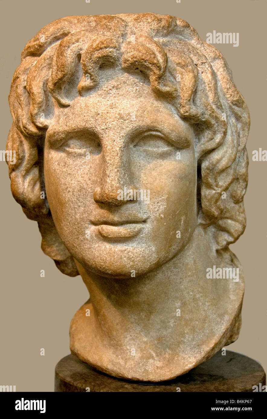 research papers on alexander the great Describe the conquests of alexander the great and analyze the legacy of his empire looking for the best essay writer click below to have a customized paper written.