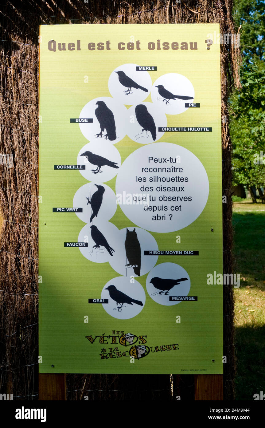 Information sign for bird watchers la haute touche zoo for Zoo haute loire