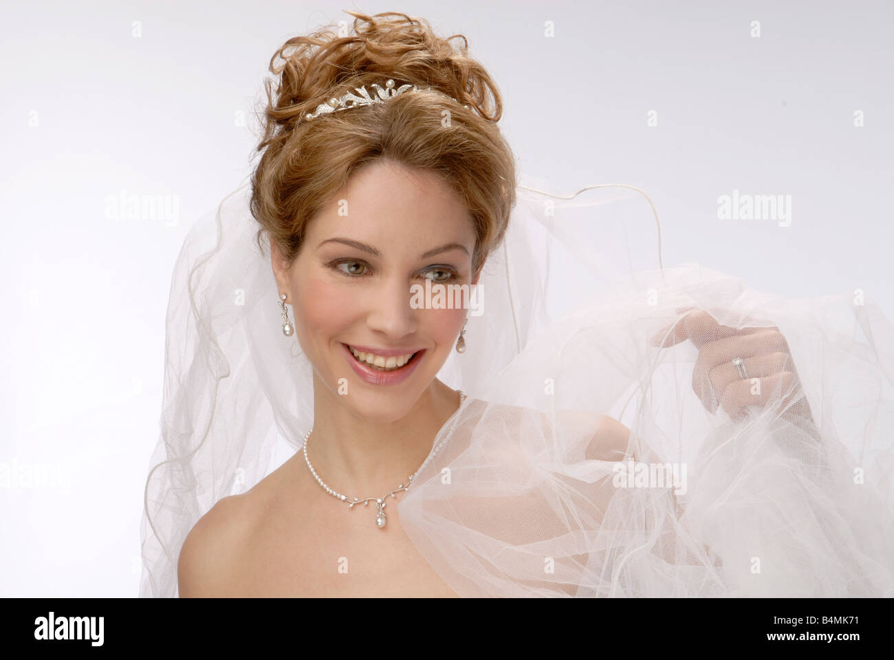 Radiant Bride Wedding Video Photography: Radiant Bride Showing Her Ring Ideal For A Double Page