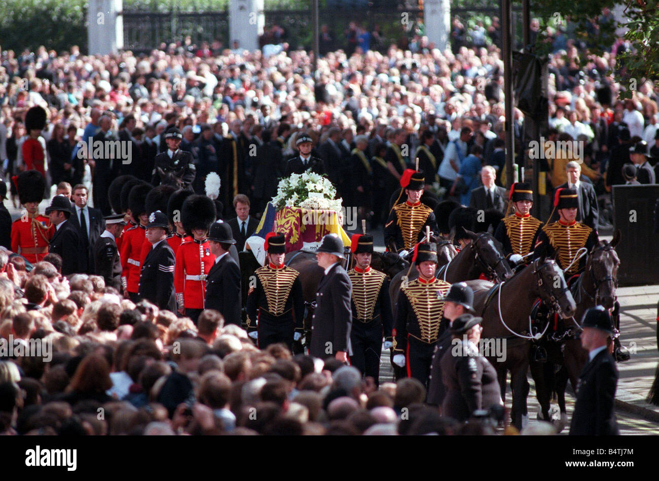 lady diana funeral   imgkid     the image kid has it