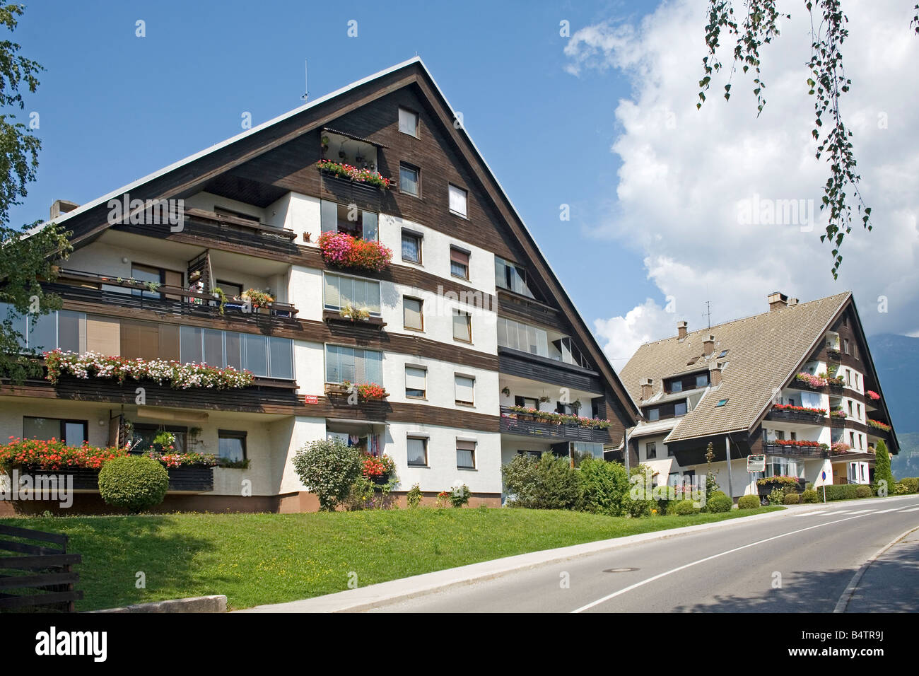 Residential houses in alpine style outskirts of bled for Residential house styles