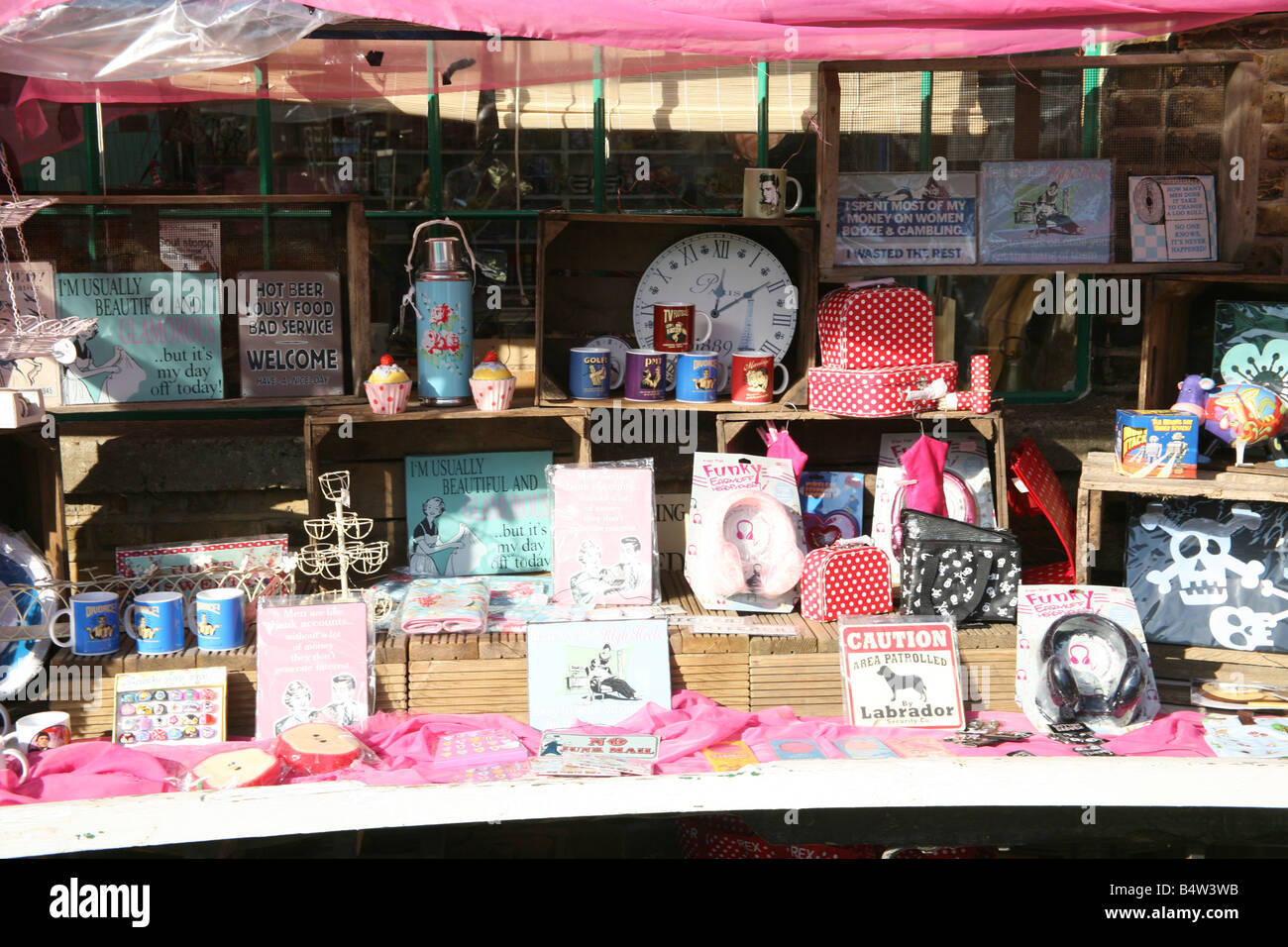 Colourful gifts for sell at a art crafts market abbey for Crafts for selling at market