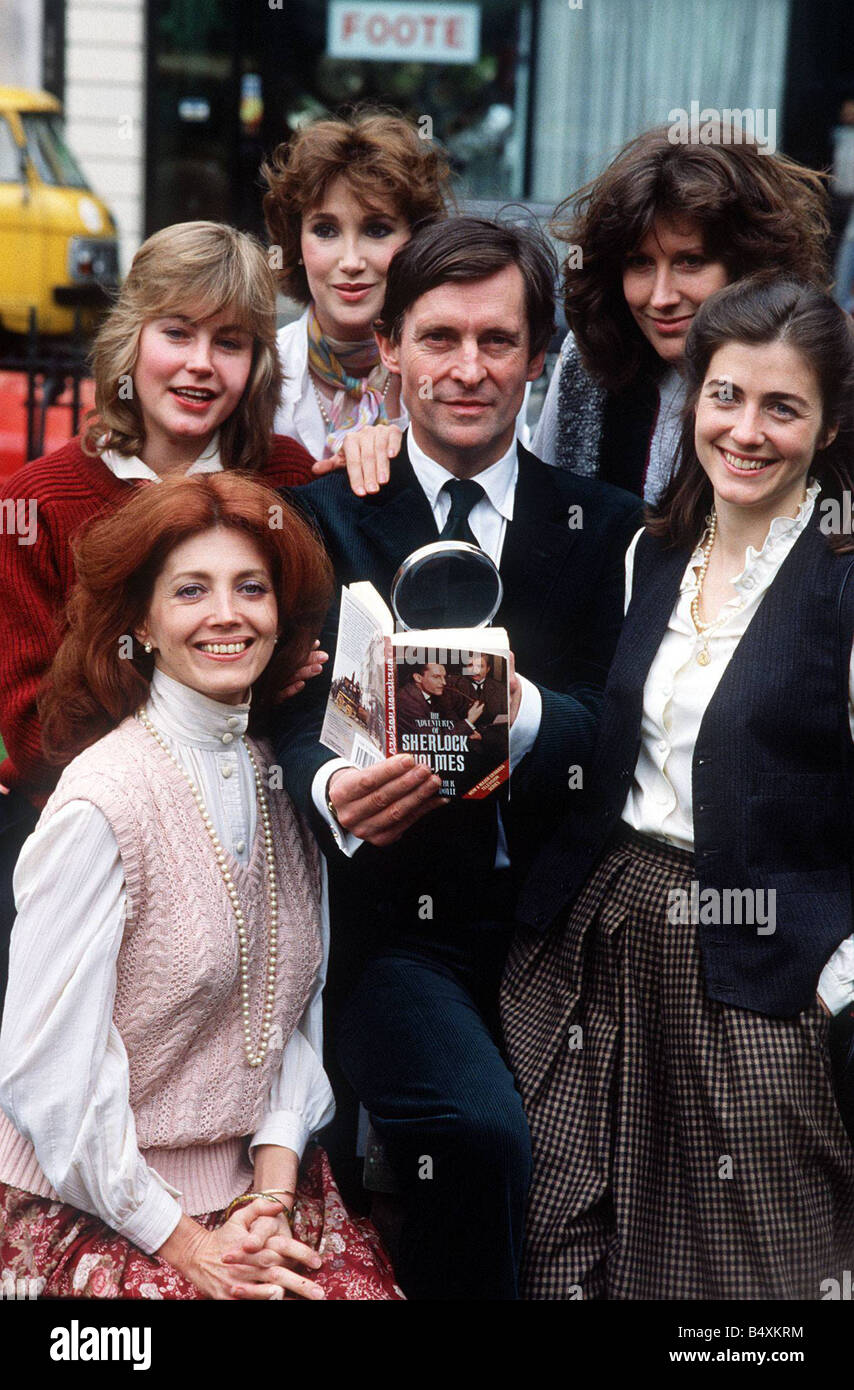 Jeremy Brett Gayle Hunnicutt with cast of new television ...