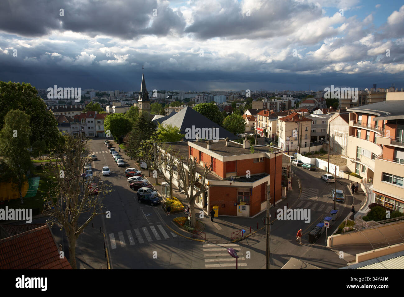 the town of l 39 hay les roses val de marne southern parisian suburb stock photo royalty free. Black Bedroom Furniture Sets. Home Design Ideas