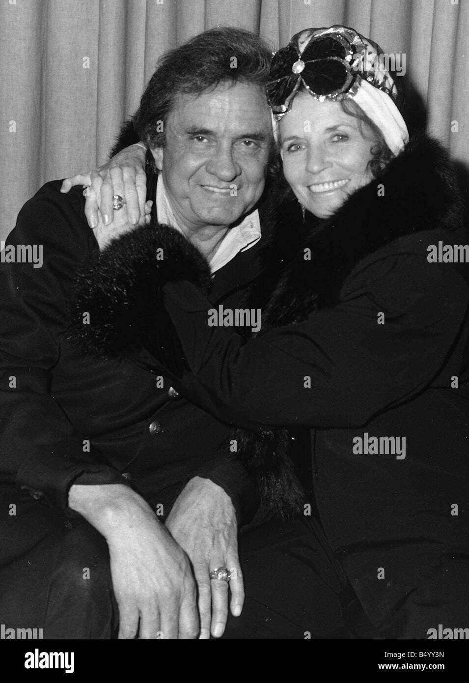 Johnny Cash Singer With Wife June Carter In London 1988