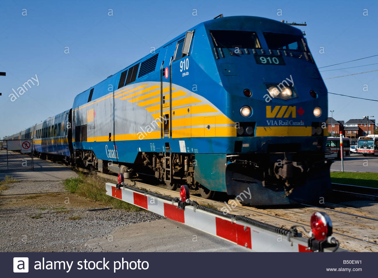 fast moving via rail montreal and toronto express train in. Black Bedroom Furniture Sets. Home Design Ideas