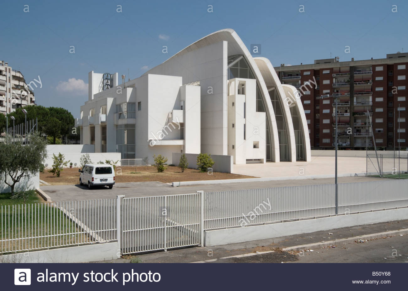 Jubilee church by architect richard meier la chiesa del for The jubilee church