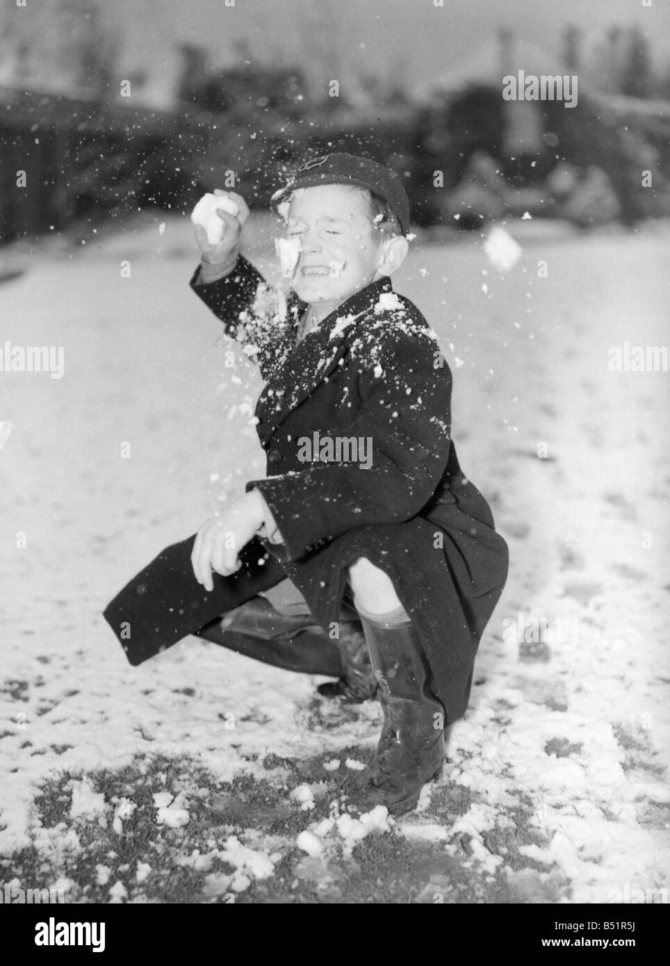 my childhood snowball fight This is just one of the sight word activities that i have on my  for a traditional snowball fight sight word snowball toss  early childhood.