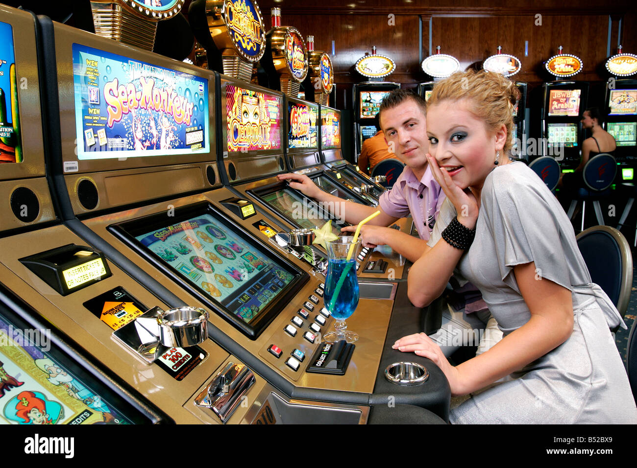 Add a HTML5 Slot Machine to your Site