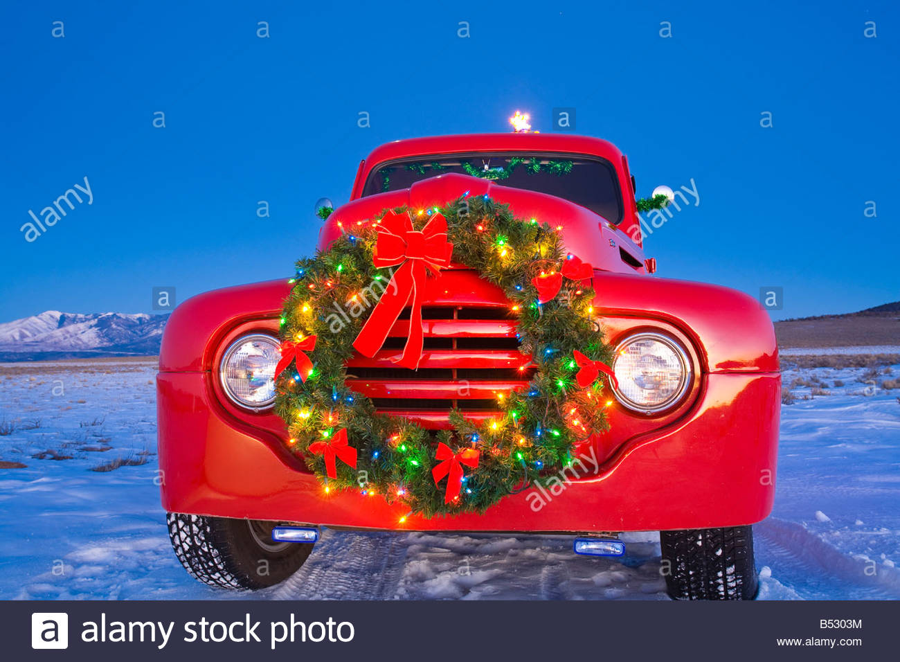 Free Christmas Tree Pick Up Part - 33: Stock Photo - Vintage Ford Pick-up Truck With Christmas Wreath And Tree In  Back Parked In Rural Area At Sunset, Rio Grande Valley, New Mexico