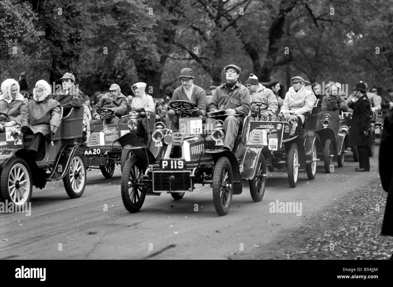 This year\'s Veteran car rally to Brighton started at London\'s Hyde ...