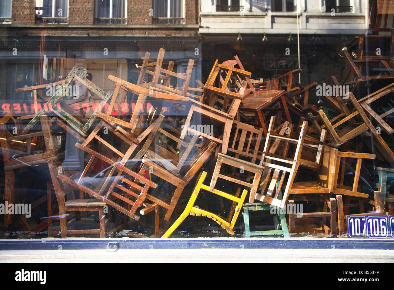 Brussels, shop, shopping, chair, chairs, old, school, second hand ...