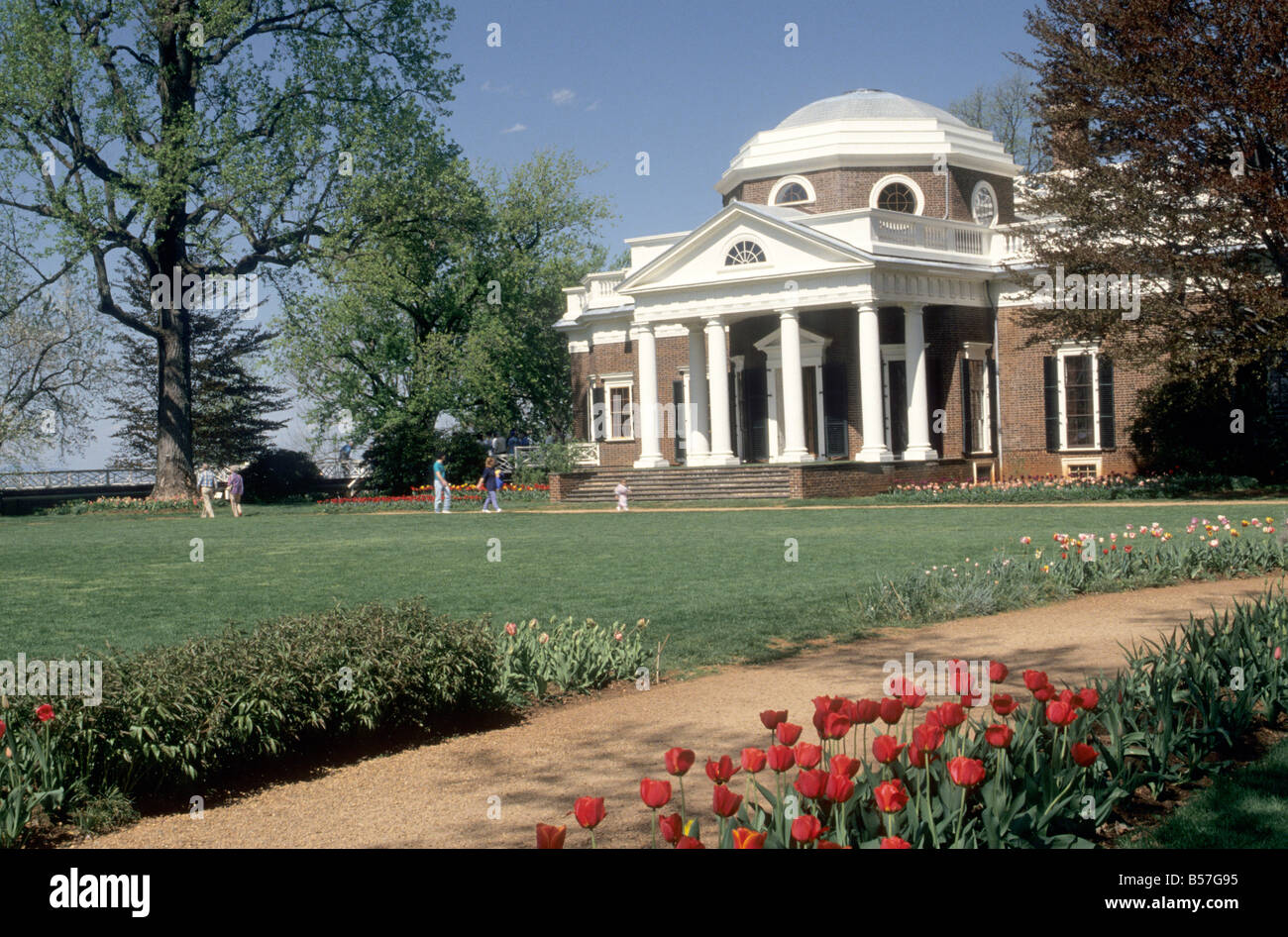 House west lawn and portico thomas jefferson 39 s for Thomas jefferson house monticello