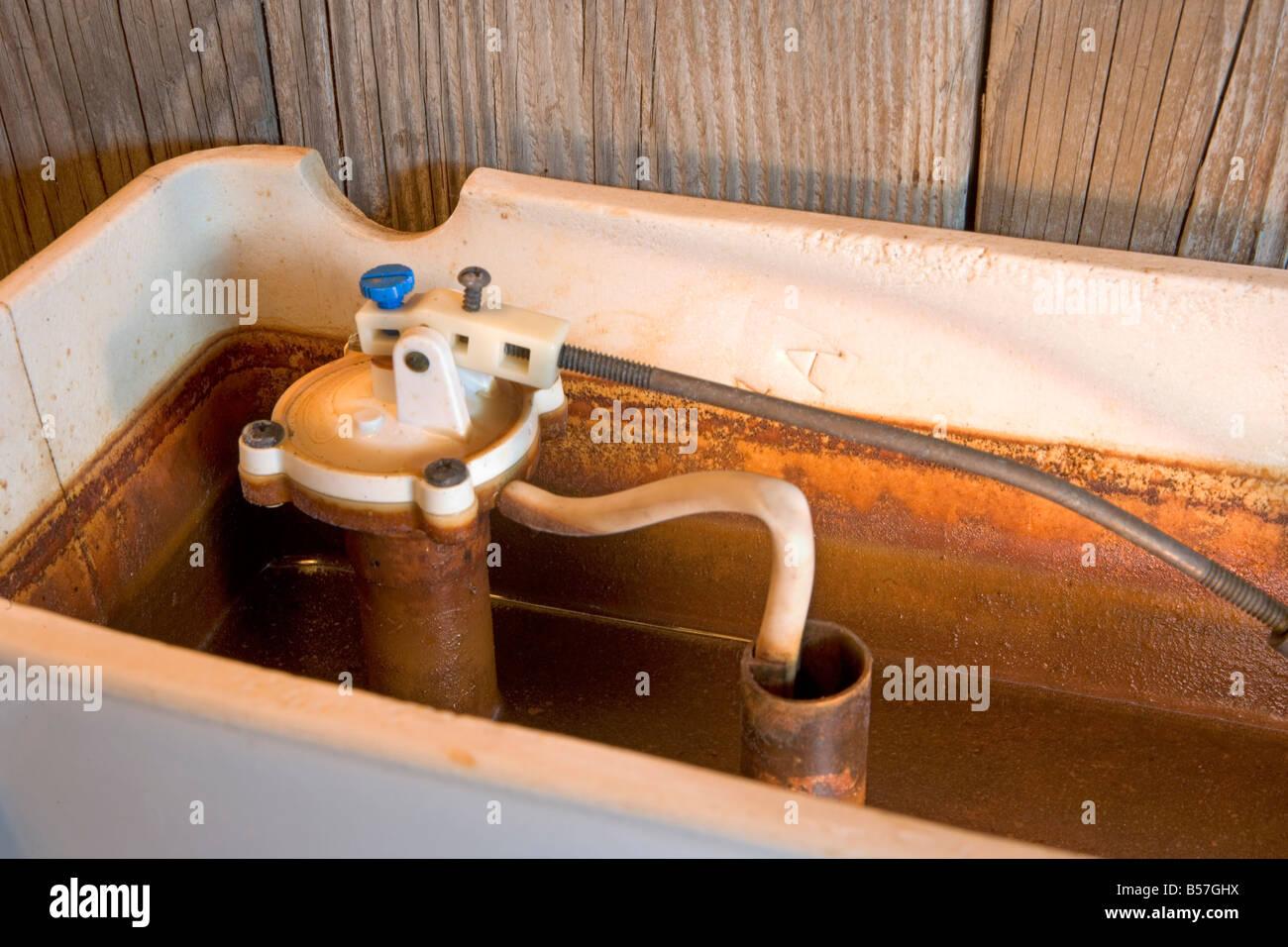 Toilet Tank Stock Photos & Toilet Tank Stock Images - Alamy