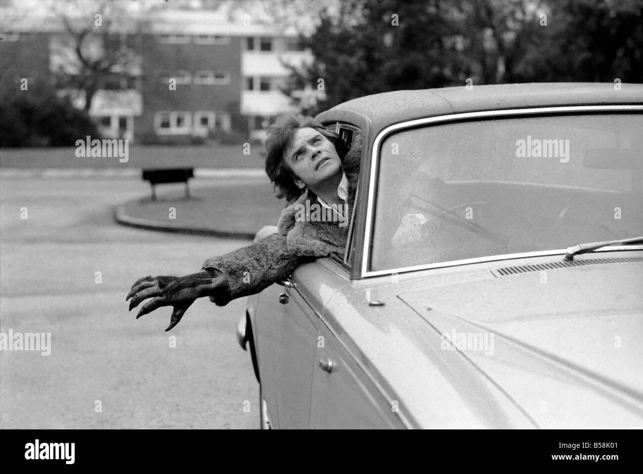 Humour Comedy Car Comedian Freddie Starr March 1975 75 01555