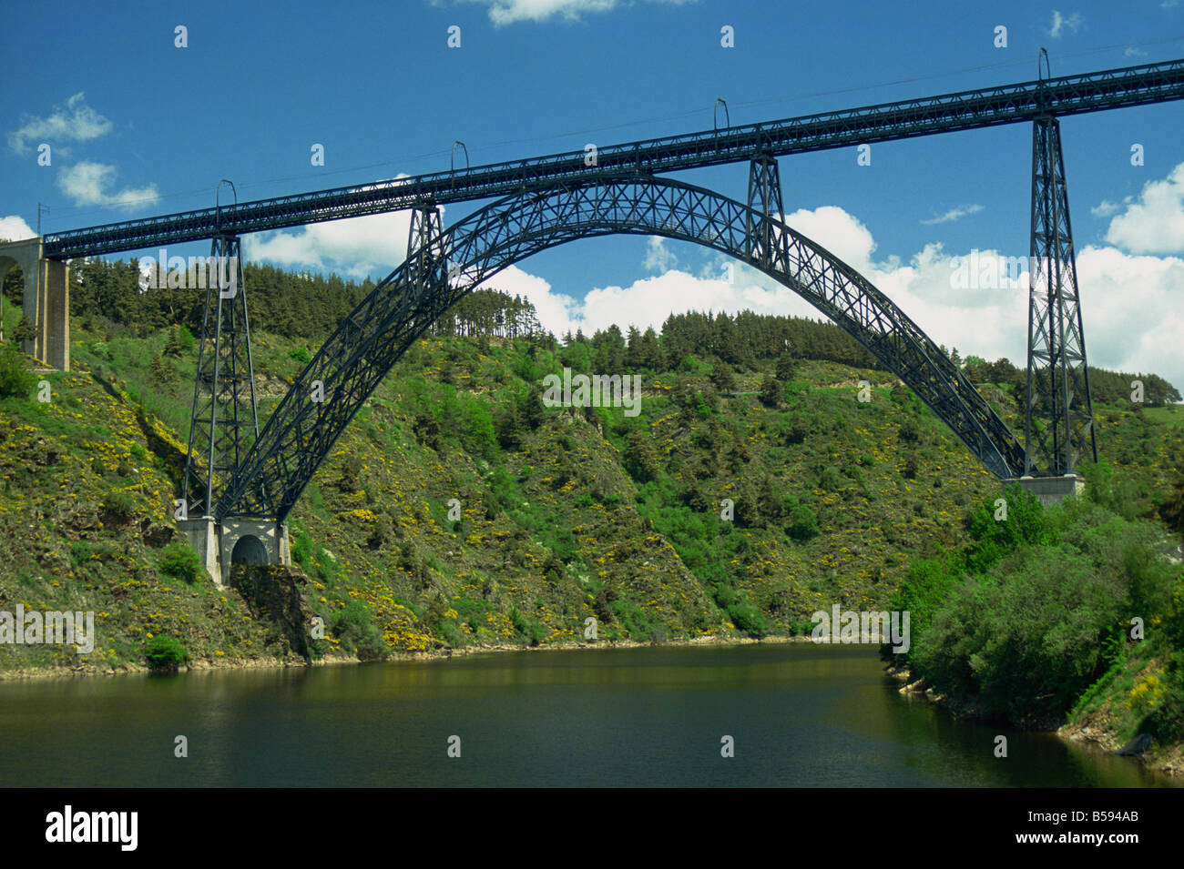 the metal viaduct of garabit near st flour in the auvergne france m stock photo royalty free. Black Bedroom Furniture Sets. Home Design Ideas