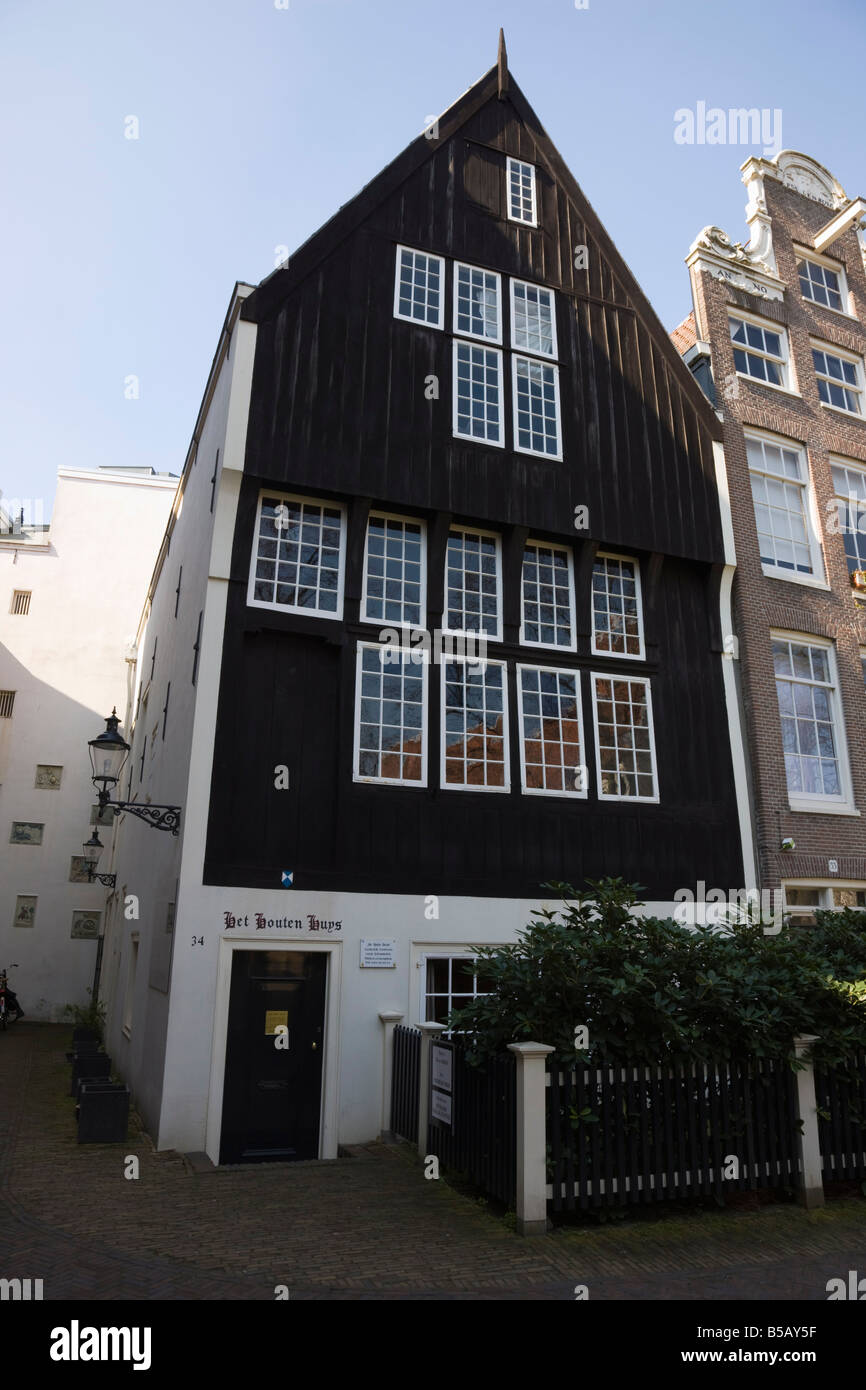 Het houten huis the oldest house in amsterdam begijnhof a stock photo royalty free image - Huis hout ...