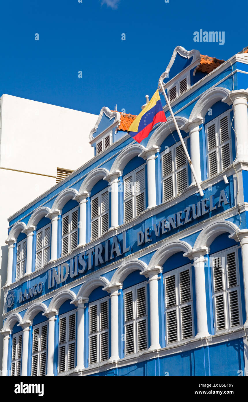Banco industrial de venezuela on handelskade punda for Banco exterior de venezuela