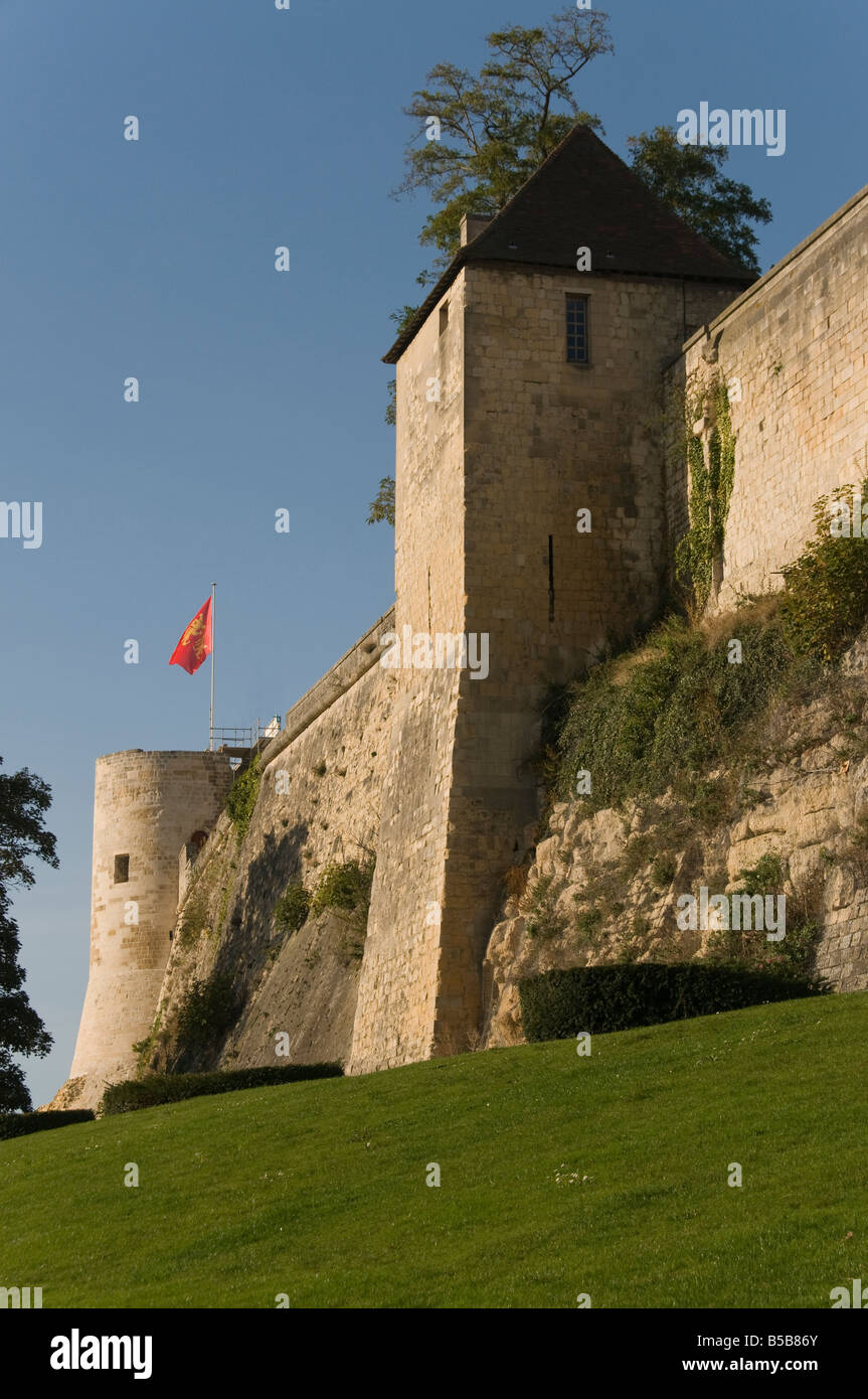 elk204 cn06 france caen chateau exterior ramparts william the stock photo royalty free image. Black Bedroom Furniture Sets. Home Design Ideas