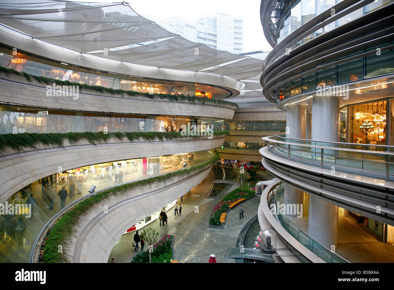 Mall of istanbul sales office ares architecture - Kanyon Shopping Mall In Levent Area Istanbul Turkey Europe
