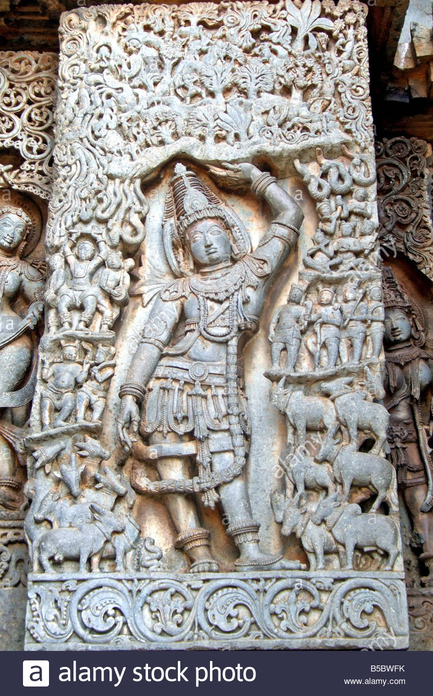 Stone carvings in hoysaleswara temple halebidu karnataka