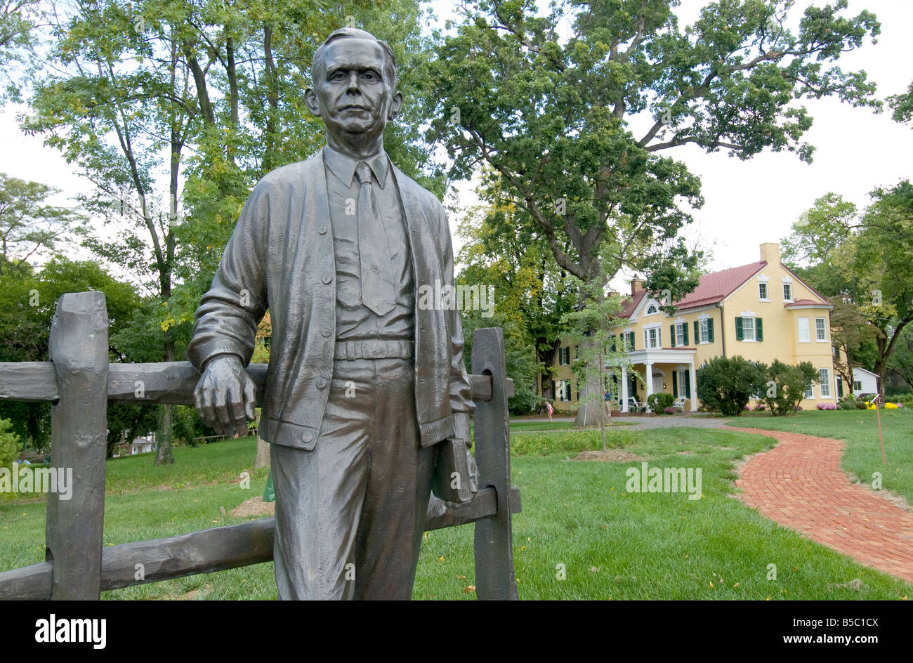 General george c marshall quotes - Statue Of General George C Marshall In Front Of Dodona Manor His Leesburg