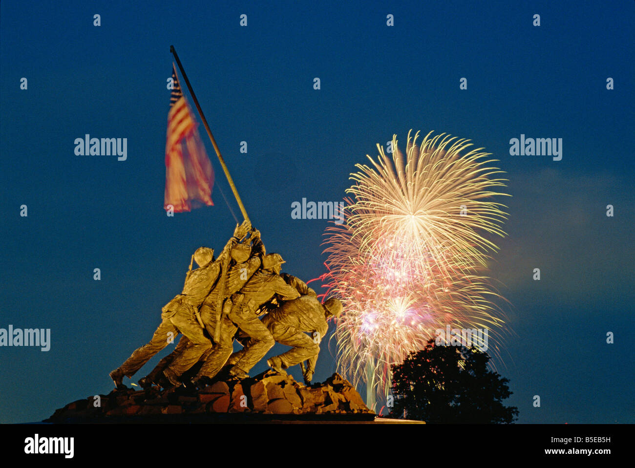 fireworks over the iwo jima memorial for the 4th of july