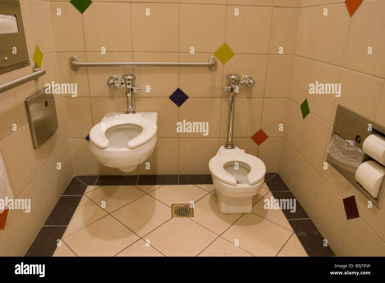 Public Bathroom Sink public bathroom stock photos & public bathroom stock images - alamy