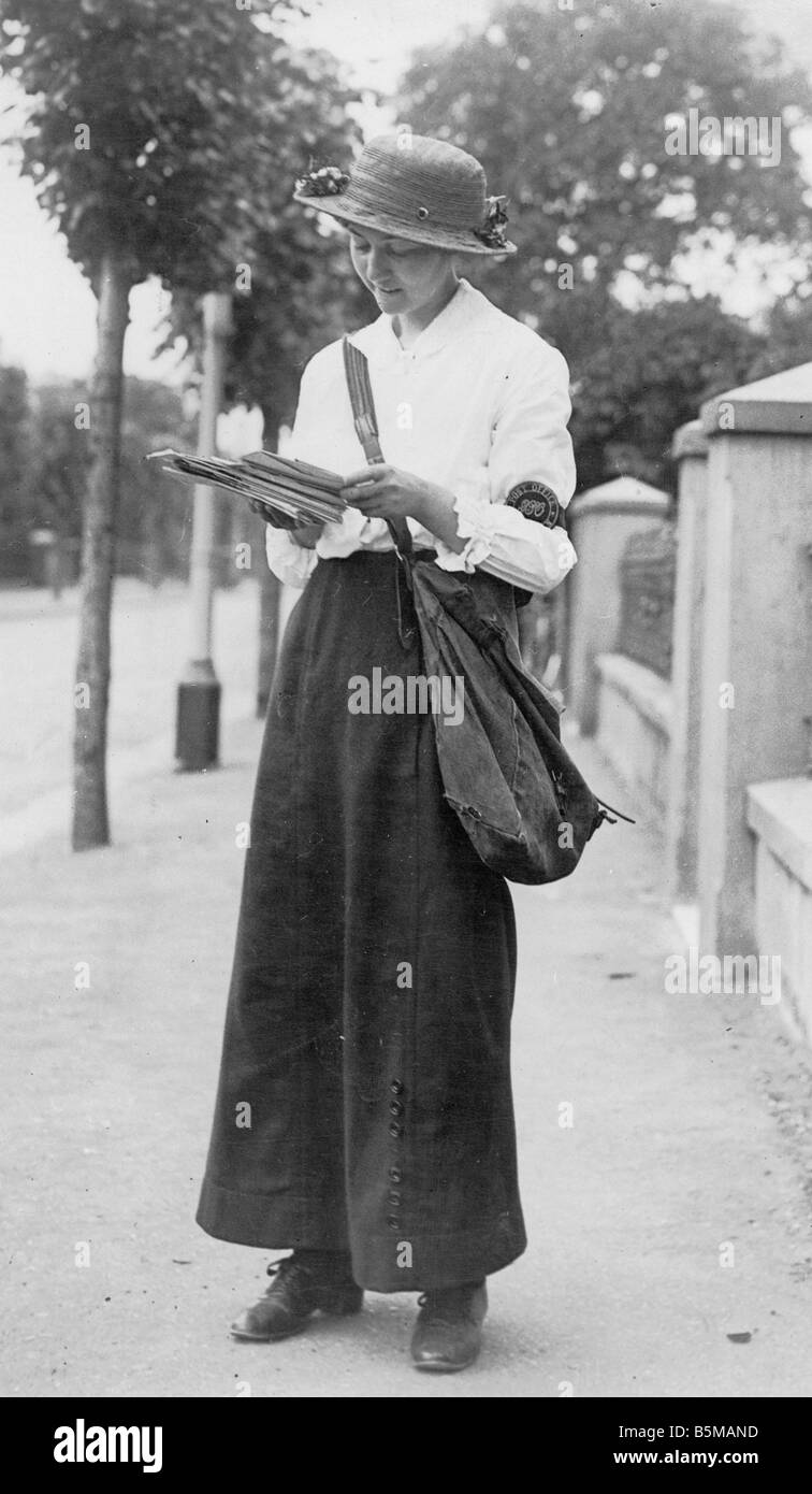 women in the post world war Click here 👆 to get an answer to your question ️ a major change women experienced during the post-world war i era was that they started.