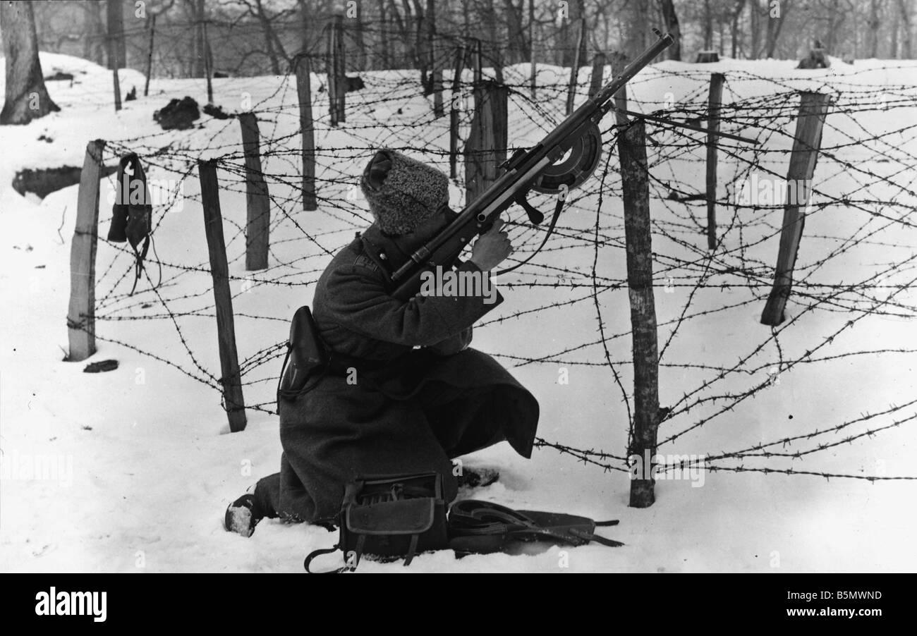 WW1 Russian riflemen firing 1917 Russia World War 1 Russian ...