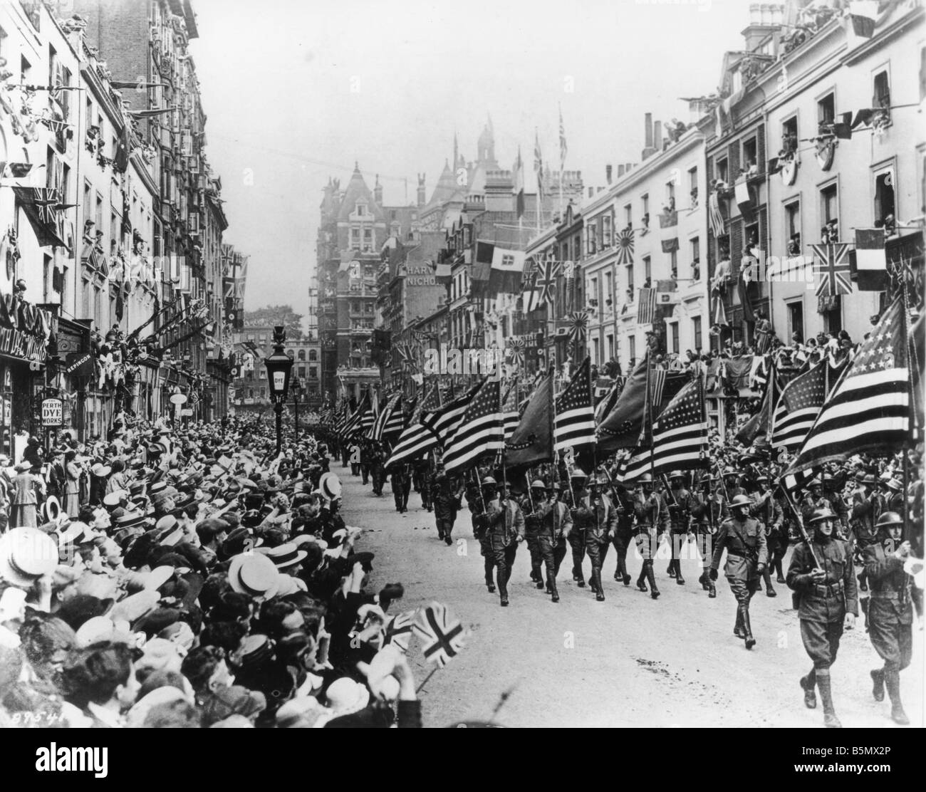 america in ww1 The united states enters world war i us president woodrow wilson sought to maintain us neutrality but was ultimately unable to keep the united states out of the war, largely because of escalating german aggression.