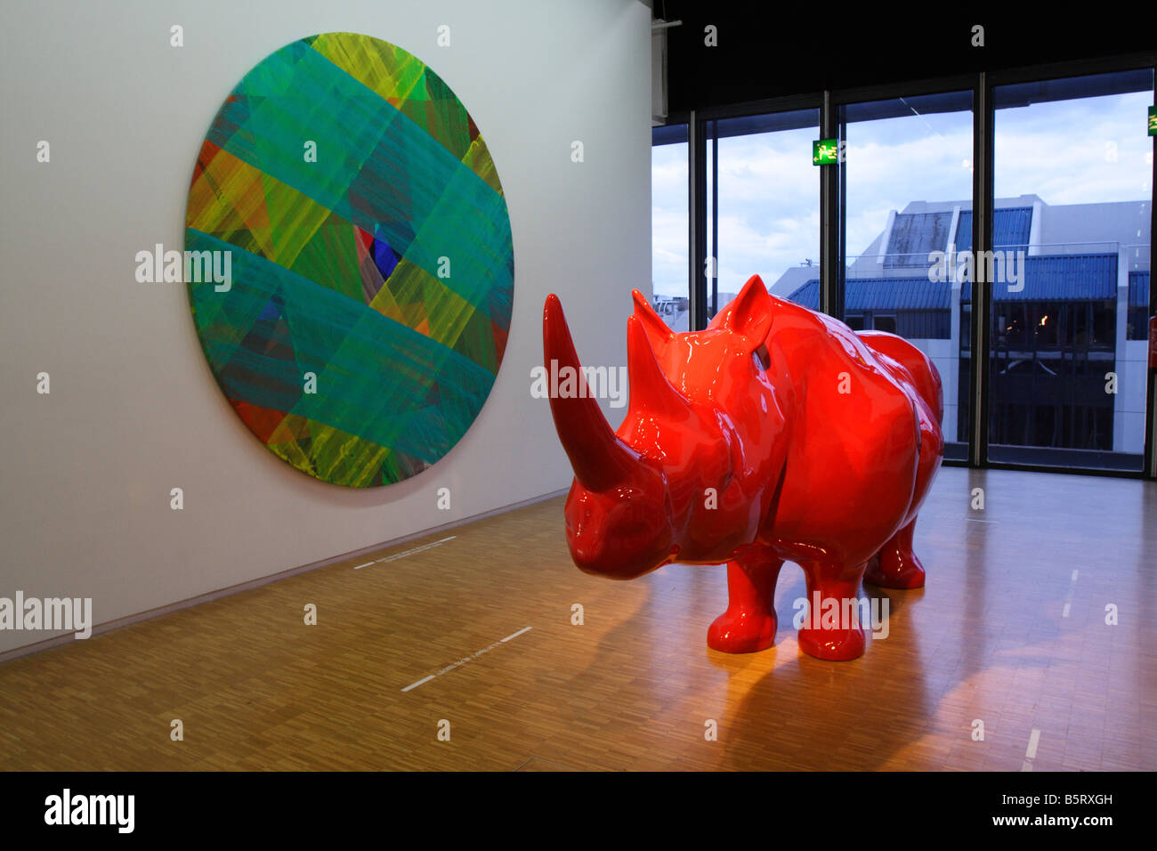 Le rhinoceros modern art in the centre pompidou musee for Art minimal centre pompidou