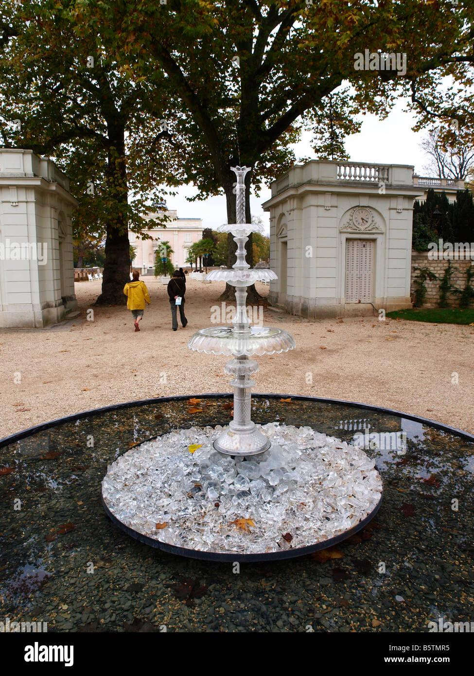 Jardins de cristal parc de bagatelle paris fontaine du for Bagatelle jardin paris