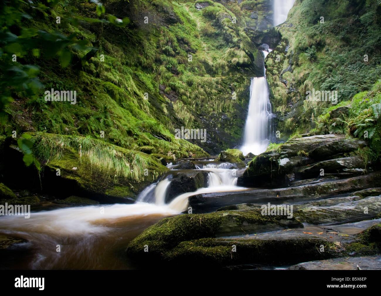 pistyll-rhaeadr-waterfall-in-wales-B5X6E