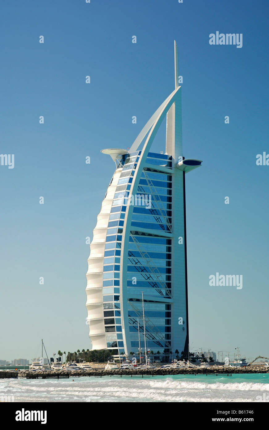 7 star burj al arab hotel beside the sea dubai united for Dubai top hotels 7 star