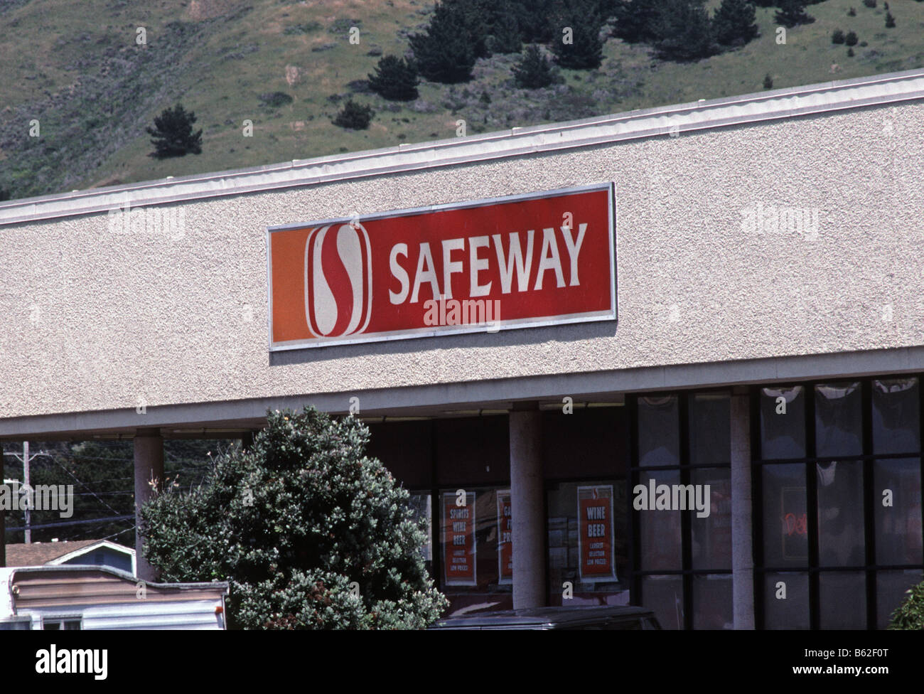 Safeway supermarket in northern california stock photo royalty safeway supermarket in northern california buycottarizona