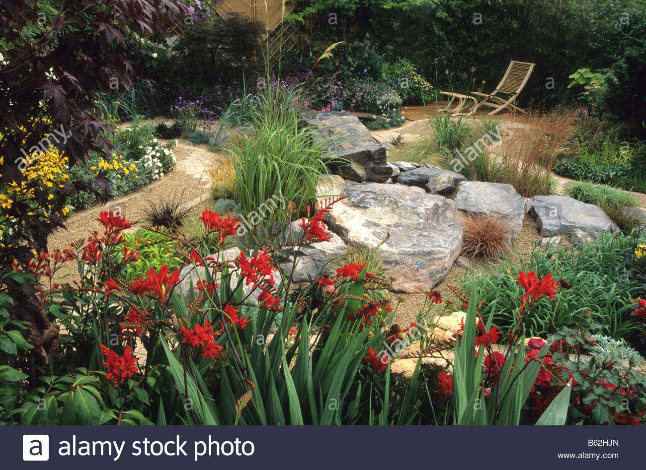 Feng shui garden design pamela woods red border with for Feng shui garden designs